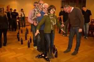 Menschen Bierflaschen Brille